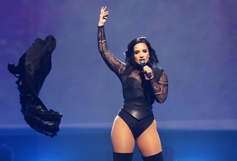 """Demi Lovato na początku lipca zaprezentowała nowy singel """"Body Say"""". Na okładce promującej utwór można zobaczyć nagą wokalistkę. Teraz gwiazda opowiedziała o sesji zdjęciowej."""