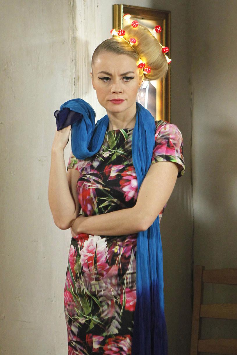 """Anna Ilczuk, znana m.in. z seriali """"Pierwsza miłość"""" i """"Świat według Kiepskich"""" oraz filmu """"Z miłości"""", wcieli się w Violettę Villas w obrazie, który wyreżyseruje Karolina Bielawska."""