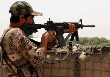 """Rząd Afganistanu chce negocjować z talibami, jeśli """"zgodzą się na pokój"""""""