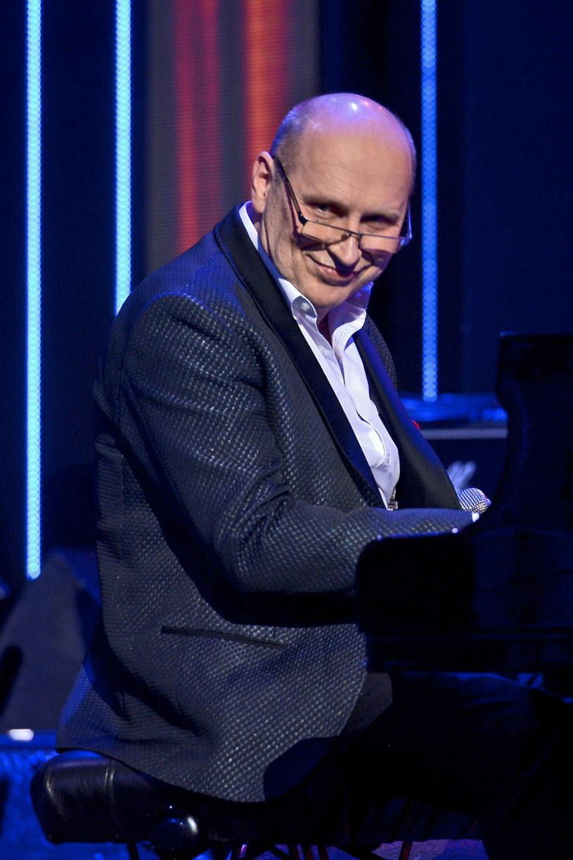 Światowej sławy jazzman Włodek Pawlik z zaproszonymi muzykami nagrał nową piosenkę z okazji Światowych Dni Młodzieży.