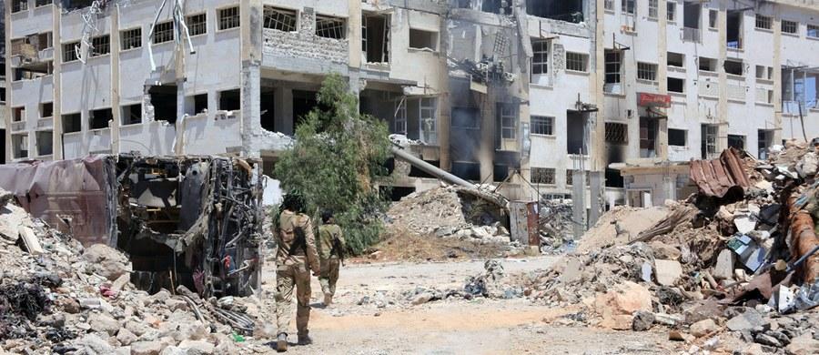Związany dotąd z Al-Kaidą syryjski Front al-Nusra oderwał się od macierzystej siatki i tworzy nową organizację pod nazwą Dżabat Fatah al- Szam. Ma to utrudnić USA i Rosji walkę z syryjskimi dżihadystami - poinformował przywódca Frontu Abu Mohamad al-Golani.