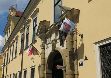 Kraków w smutku i żalu po śmierci kard. Macharskiego