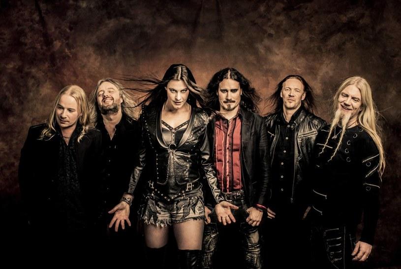"""Gwiazda symfonicznego metalu, fińska grupa Nightwish przygotowała dla swoich fanów nowy materiał DVD """"Vehicle Of Spirit""""."""