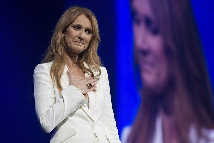 """""""Rene, na zawsze będziesz w moim sercu"""" - w ten sposób Celine Dion zadedykowała swój przebój """"My Heart Will Go On"""" zmarłemu na początku roku mężowi, Renemu Angelilowi."""