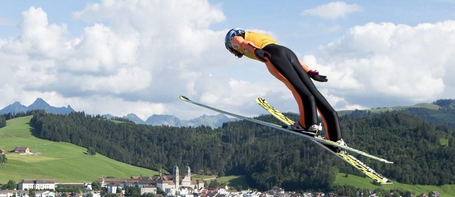 Maciej Kot wygrał w szwajcarskiej miejscowości Einsiedeln konkurs Letniej Grand Prix w skokach narciarskich. To jego trzecie zwycięstwo w czwartych zawodach w tegorocznym cyklu. Poza tym był raz drugi i zdecydowanie prowadzi w klasyfikacji generalnej.