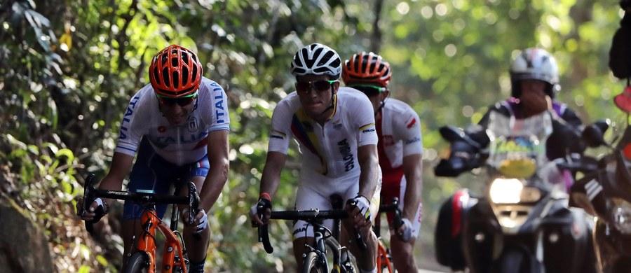 Włoski kolarz Vincenzo Nibali poddał się w klinice w Brescii operacji obojczyka, złamanego podczas sobotniego upadku na olimpijskiej trasie w Rio de Janeiro. Jak poinformował rzecznik szpitala Flavio Terragnoli, zabieg przebiegł bez komplikacji.