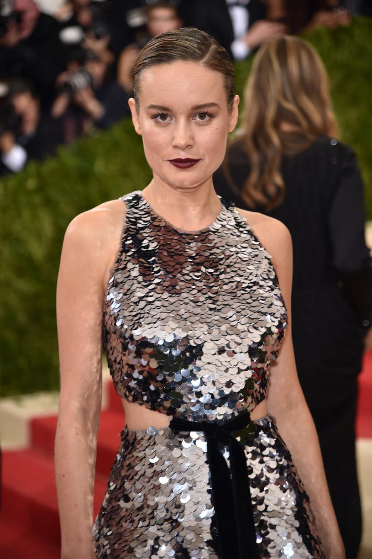 """Tegoroczna laureatka Oscara Brie Larson szykuje się do reżyserskiego debiutu. Aktorka zagra główną rolę i stanie za sterami niezależnej komedii """"Unicorn Store""""."""