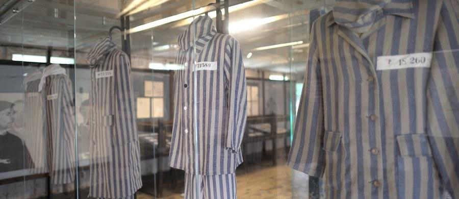 """Jens Rommel nazywany jest niemieckim """"łowcą nazistów"""". Jego zadaniem jest poszukiwanie osób, które są współwinne przestępstw popełnianych przez niemieckich nazistów. Teraz namierzył i doprowadził do zatrzymania ośmiu osób. Cztery kobiety i czterej mężczyźni pracowali w obozie koncentracyjnym Stutthoff pod Gdańskiem."""