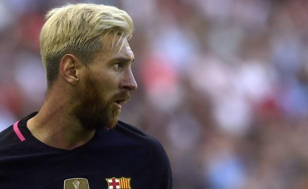 Jeden z najlepszych piłkarzy świata Lionel Messi, który 26 czerwca tuż po przegranym w rzutach karnych z Chile finale Copa America ogłosił zakończenie kariery reprezentacyjnej, zmienił decyzję i nadal będzie występować w koszulce drużyny narodowej Argentyny.