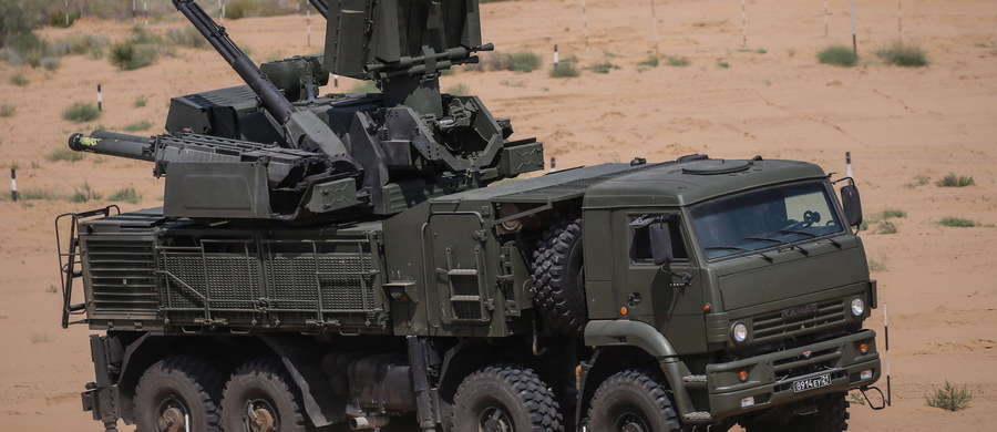 """W Rosji rozpoczęły się ćwiczenia wojskowe """"Współpraca 2016"""" - pierwsze z serii zaplanowanych na najbliższe tygodnie wspólnych manewrów Rosji z jej sojusznikami z Organizacji Układu o Bezpieczeństwie Zbiorowym (ros. ODKB), które odbywać się będą w pobliżu granic państw NATO. Uczestniczy w nich ok. 6 tys. żołnierzy."""