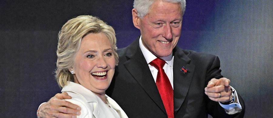Były prezydent USA Bill Clinton przyznał, że jego żona Hillary, kandydatka demokratów na ten urząd, popełniła błąd, jako sekretarz stanu korzystając z prywatnego serwera do korespondencji mailowej. Zaznaczył jednak, że robili tak jej poprzednicy i następca.