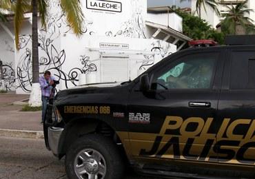 Uzbrojona grupa napastników uprowadziła gości z restauracji