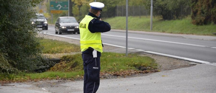 37 osób zginęło, a 500 zostało rannych w 373 wypadkach, do których doszło podczas czterech dni długiego sierpniowego weekendu. Od piątku zatrzymano 1278 nietrzeźwych kierowców - poinformowała Komenda Główna Policji.