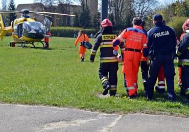 Wypadek autobusu koło Rzeszowa. Rannych jest kilkanaście osób