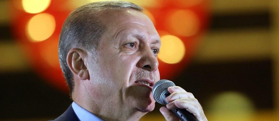 Prezydent Turcji Recep Tayyip Erdogan powiedział, że państwa europejskie przywrócą karę śmierci, jeśli dotkną ich ataki terrorystyczne porównywalne do tych, które są przeprowadzane w Turcji.