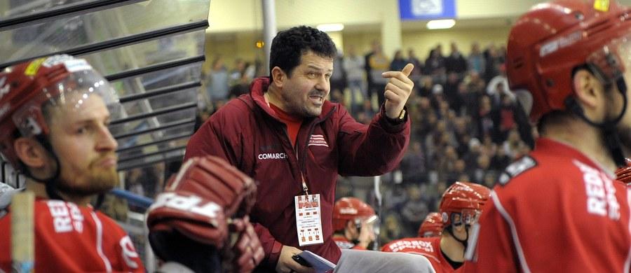 """""""Mecz zaczyna się od stanu 0:0"""" powiedział trener Comarch Cracovii Rudolf Rohacek. W środę jego drużyna w pierwszym spotkaniu w hokejowej Lidze Mistrzów zagra ze Spartą Praga. Opiekun """"Pasów"""" zapewnia, że zespół jest przygotowany mentalnie i fizycznie."""