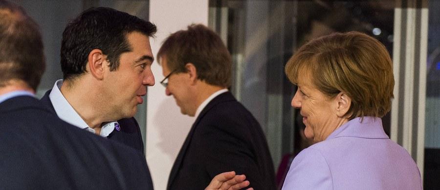 """Premier Grecji Aleksis Cipras powiedział, że jest zdeterminowany, by """"zrobić wszystko, co konieczne w celu otrzymania od Niemiec reparacji wojennych za czasy okupacji podczas drugiej wojny światowej"""". Według szacunków miałoby to być ok. 270 mld euro. Ta kwota wystarczyłaby na spłatę niemal całego greckiego zadłużenia publicznego, które wynosi blisko 320 mld euro."""