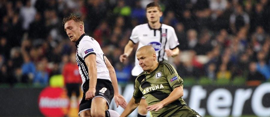 Piłkarze Legii Warszawa wygrali w Dublinie z Dundalk FC 2:0 (0:0) w pierwszym meczu czwartej, ostatniej rundy kwalifikacji Ligi Mistrzów. Rewanż odbędzie się we wtorek w Warszawie.