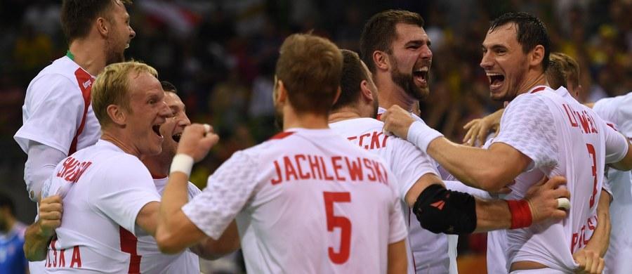 """Dobry atak i wiara w to, że można pokonać Chorwatów – to zdaniem trenera polskich piłkarzy ręcznych Tałanta Dujszebajewa zadecydowało o zwycięstwie w ćwierćfinale turnieju olimpijskiego w Rio de Janeiro. """"Teraz zaczyna się dla nas nowy turniej, nowe marzenia"""" – dodał."""