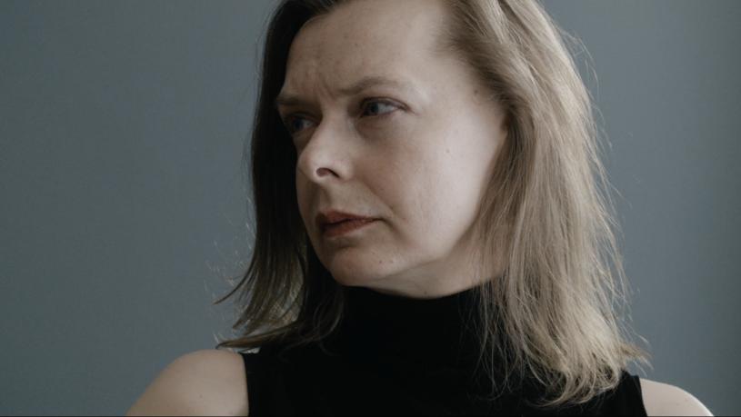 """""""Nawet nie wiesz, jak bardzo cię kocham"""", nowy dokument Pawła Łozińskiego, trafi do kin 23 września. Reżyser """"Ojca i syna"""" po raz kolejny odsłania intymne relacje rodzinne - tym razem filmował rozmowy matki i córki w gabinecie psychoterapeuty."""