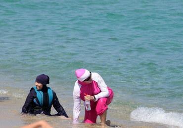 Już ponad 20 francuskich kurortów zakazało burkini