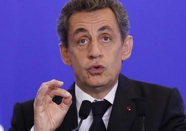 Sarkozy ogłasza w mediach społecznościowych, że znów chce być prezydentem Francji
