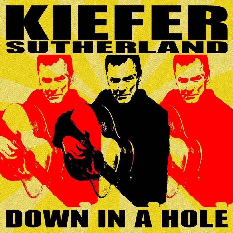 Na solowym debiucie Kiefer Sutherland wciela się w łkającego kowboja. Tylko czy przyciągnie nim nową rzeszę fanów, czy łkające podobnie jak on kojoty?