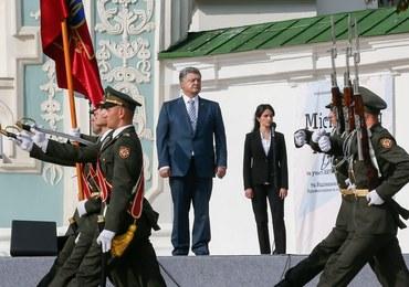 """Poroszenko: """"Nasza flaga zawiśnie nad Krymem i Donbasem"""""""