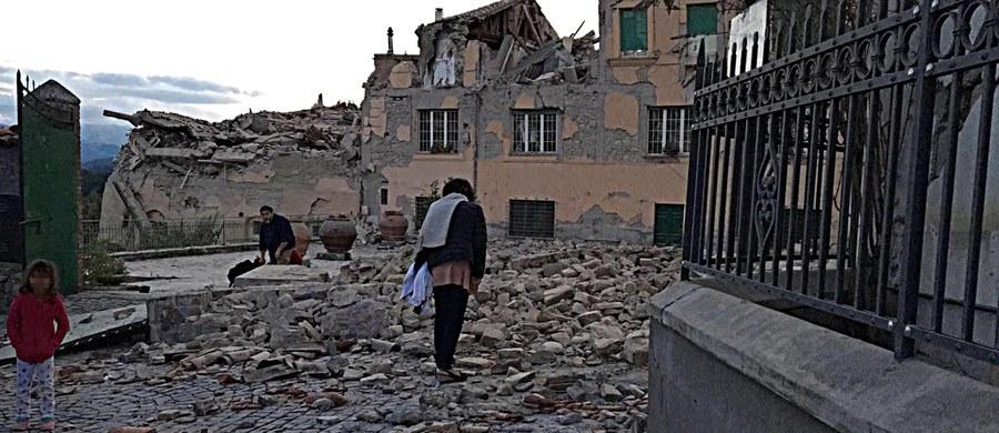 """""""Aktualnie brak informacji, by wśród poszkodowanych w związku z trzęsieniem ziemi we Włoszech byli polscy obywatele"""" - poinformował dyrektor biura prasowego MSZ Rafał Sobczak."""