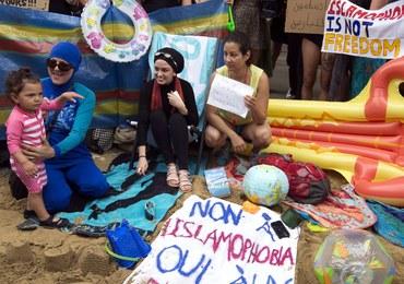 Muzułmanki mają prawo nosić na plażach burkini. To orzeczenie francuskiej Rady Stanu
