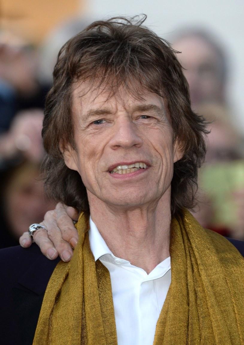 Legendarny wokalista The Rolling Stones, zobowiązał się do comiesięcznych wpłat na konto Melanie Hamrick, matki jego ósmego dziecka.