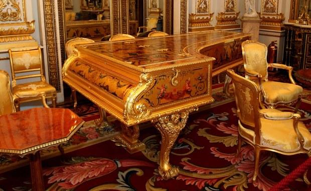 Brytyjska królowa Elżbieta II poszukuje sprzątaczki. Odpowiedzialna będzie za utrzymywanie porządku w komnatach Pałacu Buckingham.