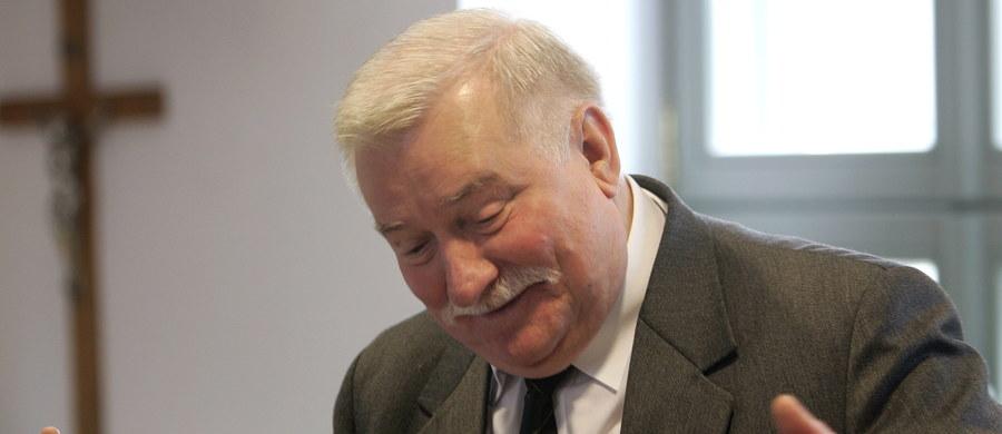 Dziś mija dokładnie pół roku od zapowiedzi byłego szefa IPN Łukasza Kamińskiego, że w ciągu sześciu miesięcy poznamy opinię grafologiczną w sprawie podpisów z akt Bolka, które miały być autorstwa Lecha Wałęsa. Jak informuje dziennikarz RMF FM, prace biegłego są na razie na mocno wstępnym etapie.