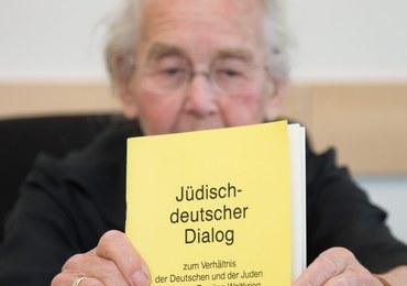 """87-letnia """"babcia nazistka"""" skazana na więzienie. Za notoryczne negowanie Holocaustu"""