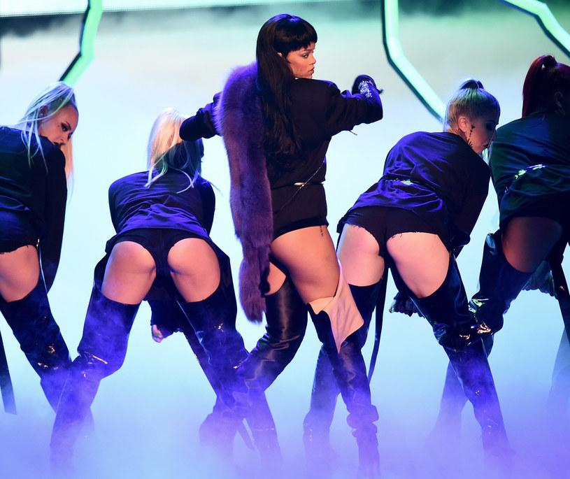 Aby obejrzeć tegoroczną galę MTV Video Music Awards 2016, przed telewizorami zasiadło 6,5 miliona ludzi. To o 34% mniej niż w ubiegłym roku.