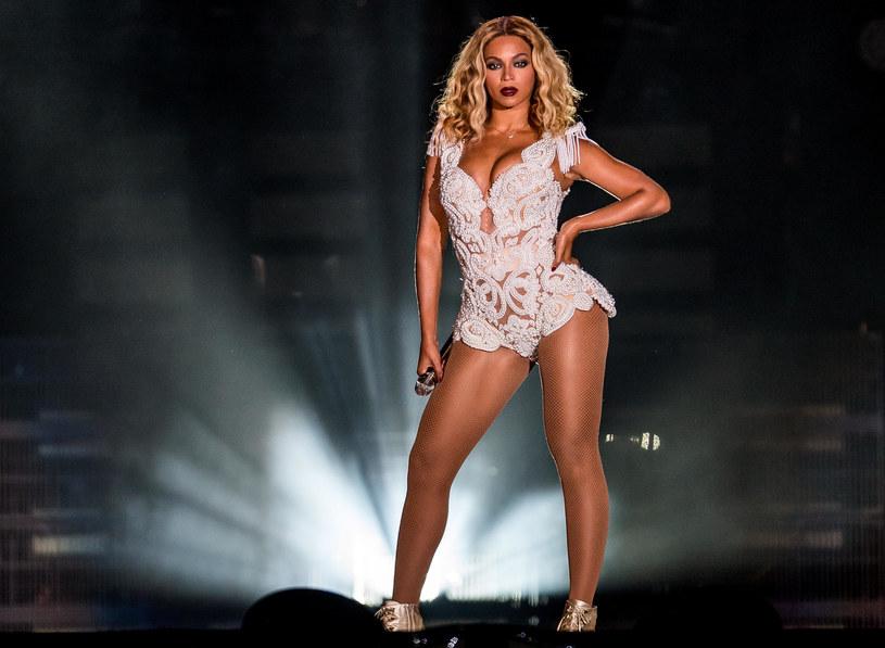 4 września 35. urodziny świętuje jedna z najpopularniejszych i najbardziej wpływowych gwiazd na świecie, czyli Beyonce. Z tej okazji przypominamy momenty, w których wokalistka pobijała sieć.