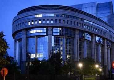 Komisja europarlamentu za zniesieniem przez wiz dla obywateli Gruzji i Kosowa