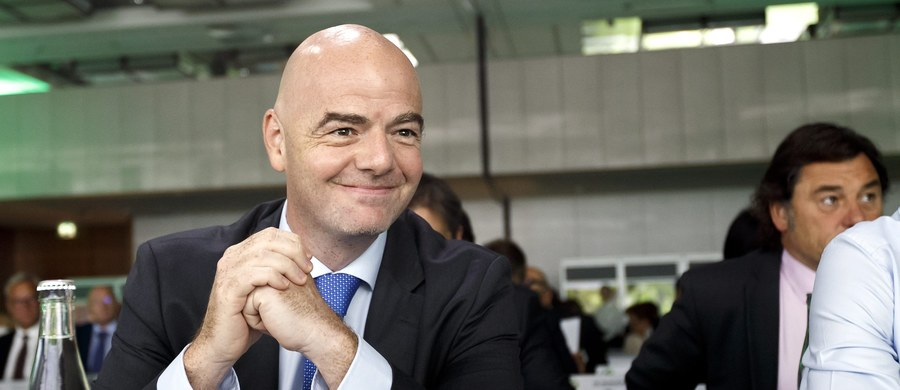 Prezydent FIFA Gianni Infantino stwierdził, że nie widzi przeszkód, aby najwcześniej w 2026 roku zorganizować piłkarskie mistrzostwa świata z udziałem 40 drużyn. Prezydent FIFA nie wyklucza, że tego typu mundial mógłby mieć więcej niż jednego gospodarza.