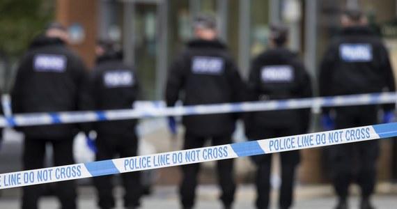 Polak został ciężko pobity w mieście Leeds w hrabstwie West Yorkshire w Wielkiej Brytanii. Do ataku, prawdopodobnie na tle narodowościowym, doszło w piątek. W sprawie zatrzymano jedną osobę.