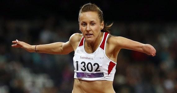 Aż trzy medale wywalczyły w ostatnich godzinach w Rio de Janeiro polskie paraolimpijki! Anna Trener-Wierciak zdobyła brązowy krążek w skoku w dal (kategoria T38), Alicja Fiodorow cieszyła się ze srebra w biegu na 100 m w kategorii zawodniczek z dysfunkcją kończyny górnej, a Krystyna Siemieniecka wywalczyła srebrny medal w tenisie stołowym w kategorii niepełnosprawnych intelektualnie. Medalowy dorobek biało-czerwonych w Rio rozrósł się tym samym do ośmiu krążków.