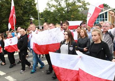 Ataki na Polaków w Wielkiej Brytanii. Na Wyspy leci dwóch polskich policjantów