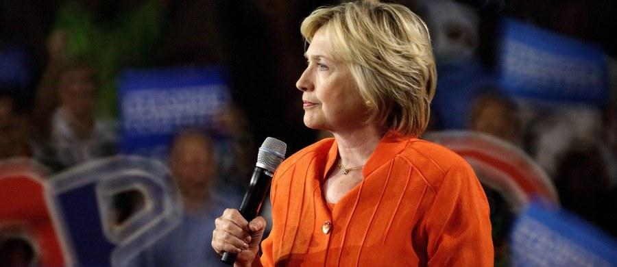 Hillary Clinton próbuje rozwiać obawy o swoje zdrowie. W wywiadzie udzielonym stacji CNN kandydatka Partii Demokratycznej na prezydenta USA tłumaczyła niedawne zasłabnięcie tym, że nie zastosowała się do zaleceń lekarza.