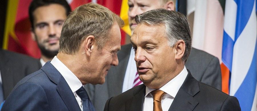Premier Węgier Viktor Orban na spotkaniu z szefem Rady Europejskiej Donaldem Tuskiem w Budapeszcie wezwał do zmiany polityki imigracyjnej Unii Europejskiej – oznajmił szef biura prasowego węgierskiego premiera Bertalan Havasi.