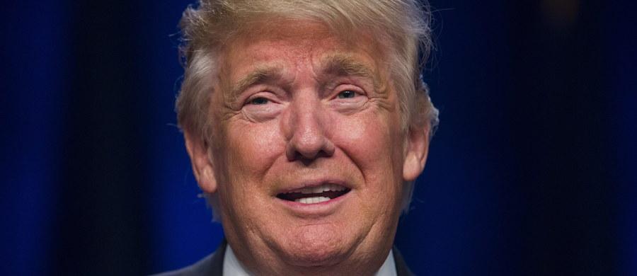 """Prokurator generalny stanu Nowy Jork Eric Schneiderman poinformował o rozpoczęciu audytu charytatywnej fundacji republikańskiego kandydata na prezydenta USA Donalda Trumpa. W wywiadzie dla telewizji CNN Schneiderman wyjaśnił, że istnieją podejrzenia, iż Donald J. Trump Foundation nie stosuje się w pełni do przepisów stanowych regulujących funkcjonowanie fundacji non profit """"i może być zaangażowana w pewne nieprawidłowe działania""""."""