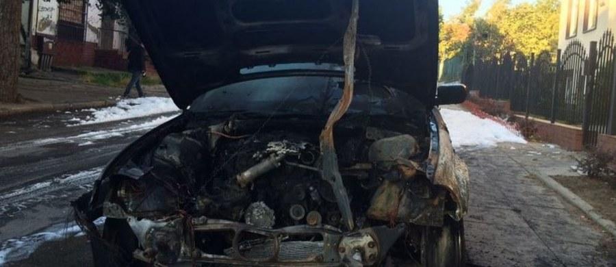 Sąd nie zmienił kary dla seryjnego podpalacza samochodów. O Marcinie W. mówiła niemal cała Polska po tym, gdy jednej nocy podpalił i zniszczył łącznie 21 samochodów w Gdańsku. To był wrzesień 2014 roku. Wiosną sąd skazał go na 4 lata i 4 miesiące więzienia, w środę ogłosił wyrok po rozprawie apelacyjnej.