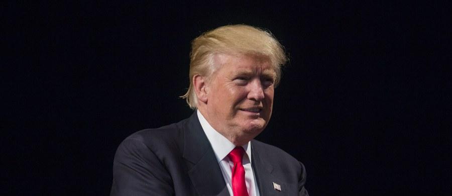 Donald Trump odmówił odpowiedzi na pytanie, gdzie urodził się prezydent Barack Obama. Najbliżsi współpracownicy republikańskiego kandydata do Białego Domu zapewniali jednak ostatnio, że jest już przekonany, iż Obama, zgodnie z metryką, urodził się na Hawajach.