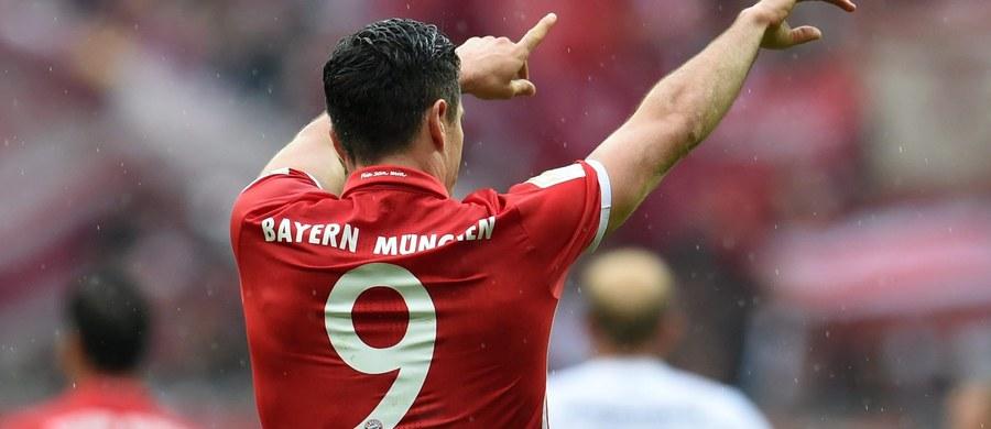 Robert Lewandowski zdobył jednego z goli, a Bayern Monachium pokonał 3:1 FC Ingolstadt 04 w 3. kolejce piłkarskiej ekstraklasy Niemiec i jest jedyną drużyną z kompletem dziewięciu punktów. W niedzielę będzie mogła do niego dołączyć Hertha Berlin.