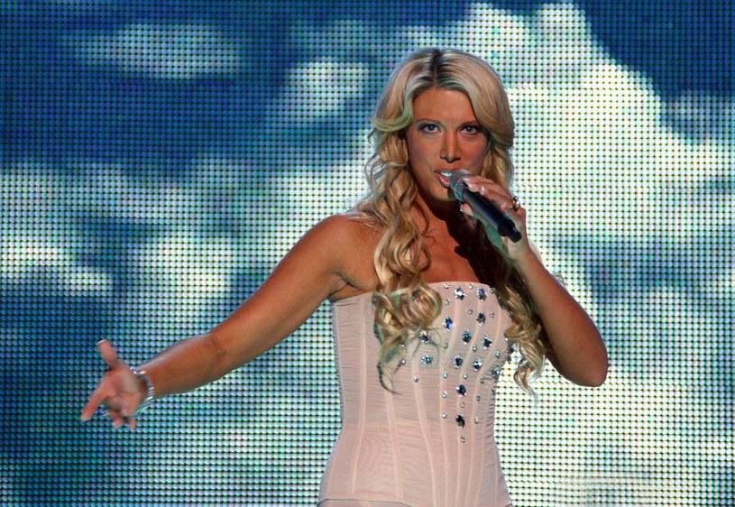 W 2008 roku reprezentowała nasz kraj na Konkursie Piosenki Eurowizji. Jednak z polskiej sceny zniknęła równie szybko, jak się na niej pojawiła. Co robi i jak wygląda obecnie Isis Gee?