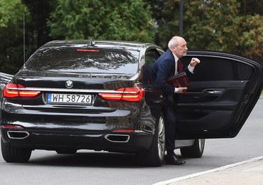 Macierewicz znosi swój limit wydatków na cele reprezentacyjne i okolicznościowe