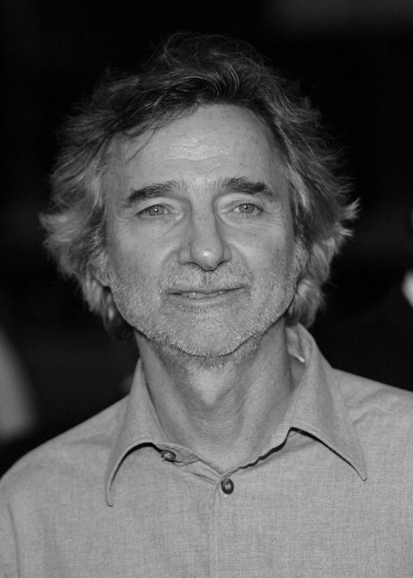 """Amerykański reżyser, scenarzysta i producent filmowy Curtis Hanson, nagrodzony w 1997 roku Oscarem za scenariusz do filmu """"Tajemnice Los Angeles"""", został znaleziony martwy w swoim domu w Hollywood - poinformowała policja w Los Angeles."""